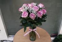 yaitu toko bunga yang jual bermacam bunga mawar paling baik buat anda yang berada di loka Tempat Jual Bunga Mawar di Tangerang