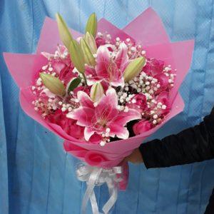 Toko Bunga di Jakarta Utara tawarkan bermacam type bermacam bunga seperti mawar Toko Bunga di Penjaringan Jakarta Utara 082246024567